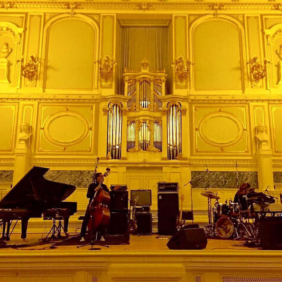 impressive_venue